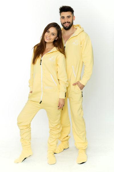 Pastelově žluté dupačky pro dospělé